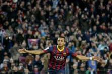 Alexis Sanchez hat-trick helps Barcelona return to La Liga summit