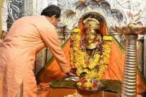 Uddhav Thackeray & His Family Offer Prayers at Ekvira Temple