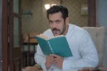 Bigg Boss 11: Salman Khan Recreates Kishore Kumar's Padosan Look