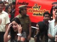 'Gouravam' stars Yami Gautam, Allu Sirish dance to 'Jumping Jhapak' at IPL flashmob