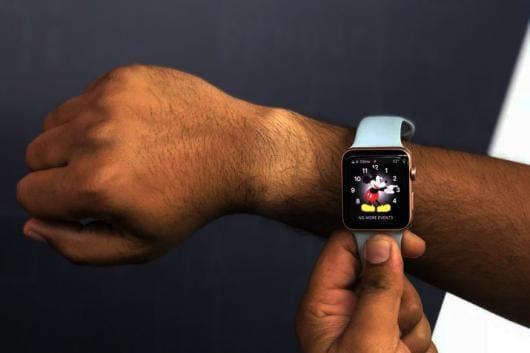 Apple-Watch-Series-3-Wrist-Tan