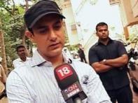 Khan wars: <i>3 Idiots</i> puts Aamir in No 1 spot