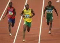 Bolt sparkles, Caribbean sprinters dominate 100m heats