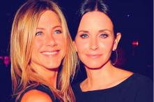 Jennifer Aniston and Courteney Cox From Friends Enjoy a Mini Reunion