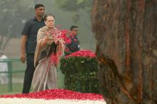 Congress Remembers Indira Gandhi, Offer Floral Tributes to Former PM on Her Death Anniversary