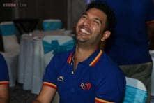 IPL 2015: Royal Challengers Bangalore will miss Yuvraj, says Sandeep Warrier