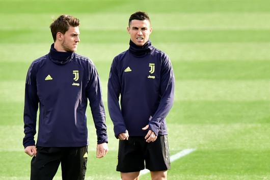 Cristiano Ronaldo (R) and Daniele Rugani (Photo Credit: Reuters)