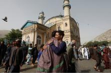 Big Hugs and Selfies as Afghan Soldiers, Taliban Celebrate Eid Ceasefire