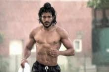 Bollywood Friday: Will 'Bhaag Milkha Bhaag' be Farhan Akhtar's best performance till date?