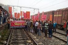 Several Trains Stopped in Bihar Over Demonetisation Protest