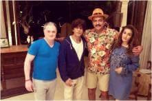 Ravi Shastri Parties With Shah Rukh Khan, Raveena Tandon in Alibaug, Calls it 'Heaven'