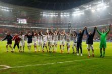 Bayern Munich Sink Bayer Leverkusen 3-1 as Bundesliga Resumes