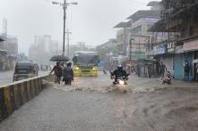Five Injured as Heavy Rainfall Continues to Batter Mumbai, Adjoining Areas for Second Day