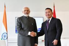 PM Modi Meets Mongolian President Khaltmaagiin Battulga in Russia