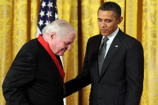 John Ashbery with Barack Obama (Image courtesy: AFP Relaxnews)