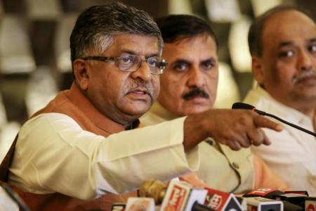 Shaheen Bagh Offering Platform to 'Tukde Tukde Gang', Says Ravi Shankar Prasad as War of Words with AAP Govt Rages