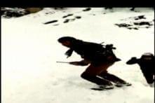 Cops Stranded After Fresh Snowfall In Kargil