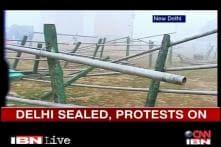 Gangrape: Traffic jams choke Delhi, but protests continue