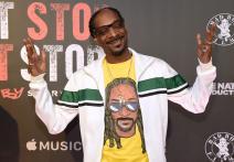 'Unbelievable!!!!!': Snoop Dogg Joins Cast of Star Trek Parody
