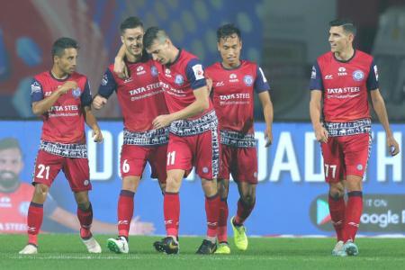 ISL 2019-20: Ogbeche's Late Own Goal Shocks Kerala Blasters as Jamshedpur FC Win