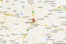 Andhra bifurcation: Congress MP threatens self-immolation if Telangana bill tabled
