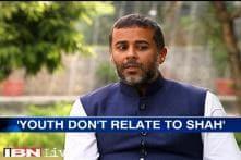 Social media has become  a weird version of Khap panchayat, says Chetan Bhagat