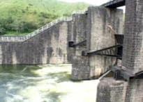 Mullaperiyar dam row not yet water under the bridge