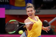 Simona Halep Knocked Out of China Open Second Round in Straight Sets