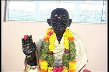 This Indian City Has a Mahatma Gandhi Temple That's Famous for its 'Miraculous Powers'