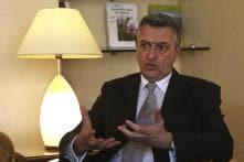 Italian diplomat Filippo Grandi to be new UN refugee chief