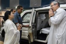 Mamata for PM? In Kolkata, Omar Abdullah Says Didi Will Move to Delhi, She Takes a Step Back