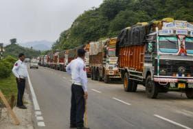 CRPF Officer Among Two Dead in Landslide on Jammu-Srinagar National Highway