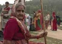 Jabalpur youth does a Shravan Kumar