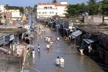 2 killed, 4 lakh affected in Bihar flood