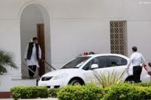 Tharoor resigns under pressure