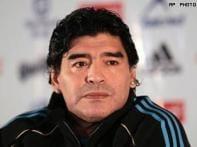 Maradona feels mistreated and persecuted