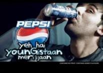 Cola war: Will Akshay Kumar steal King Khan's thunder?