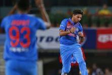 1st T20I: Kuldeep & Bumrah Derail Aus as India Win by 9 Wkts (D/L)