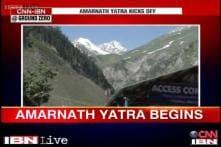 Ground report: Heavy snow blocks Pahalgam route on Amarnath Yatra