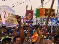 SL Tamils divided between Gen Fonseka, Rajapaksa