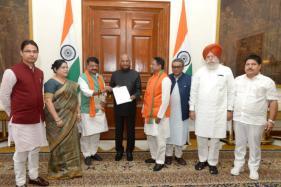 BJP Delegation Meets President Kovind, Seek Intervention in West Bengal
