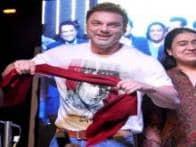 French beard, scarf; isn't Salman Khan sporting the popular Bigg Boss look again?
