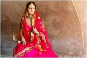 Hina Khan Turns Into Beautiful Bride for New Video Raanjhana with Priyank Sharma