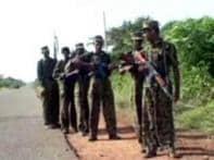 International calls to end Lanka fightings grow