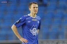Solskjaer signs midfielder Eikrem for Cardiff