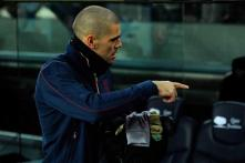 We must respect Valdes decision to leave: Fabregas
