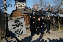 Remembering Nazi Crimes Inseparable from German Identity, Says Angela Merkel on Visit to Auschwitz