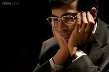 Viswanathan Anand holds Hikaru Nakamura to a draw