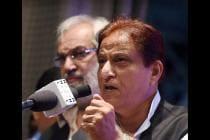 Election 2019 LIVE: In a Derogatory Jibe, Azam Khan Talks of Former SP Leader's 'Khaki Underwear'