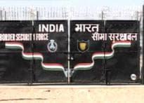 No checks, land up for grabs at Indo-Pak border